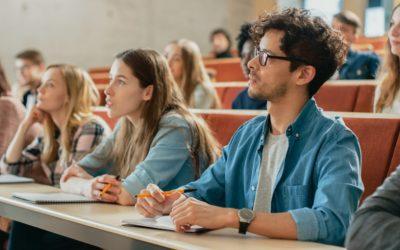 Trabajo para estudiantes universitarios
